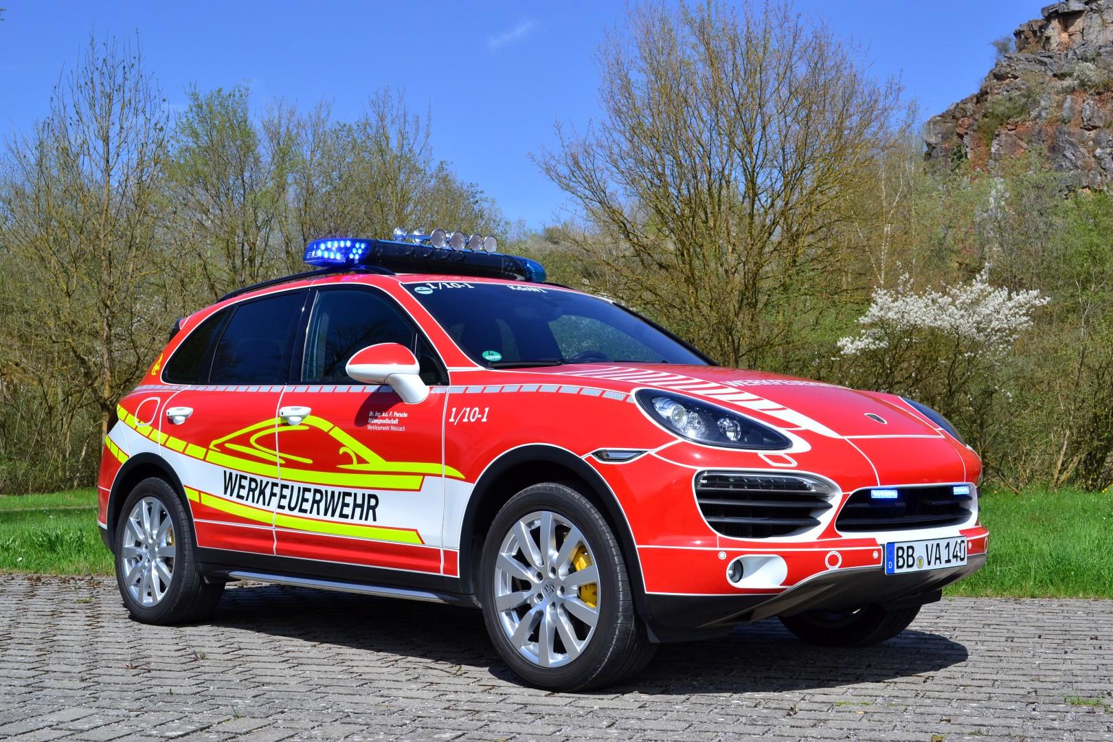 Werkfeuerwehr porsche kreisfeuerwehrverband b blingen for Porsche zentrum boblingen